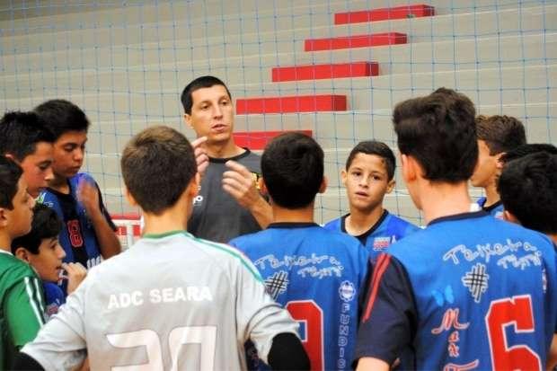 5407345cad Equipe sub-13 de Forquilhinha Anjo Futsal garante vaga na terceira fase do  Campeonato Estadual