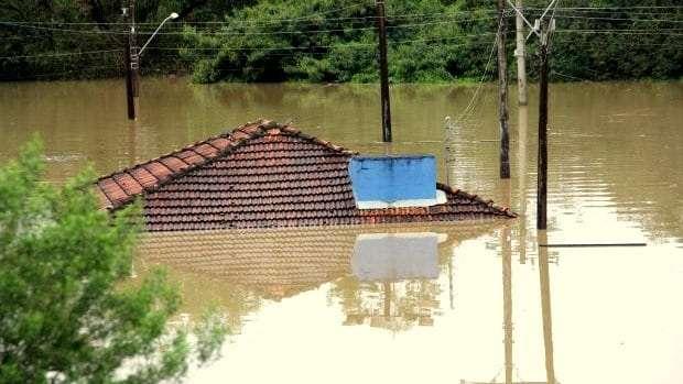 Fortes chuvas afetam 27,6 mil pessoas em SC